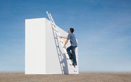 Comment monter à l'échelle en tout sécurité ?